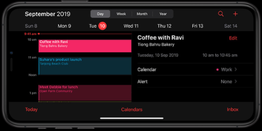iOS 13 Dark Mode on iPhone 11