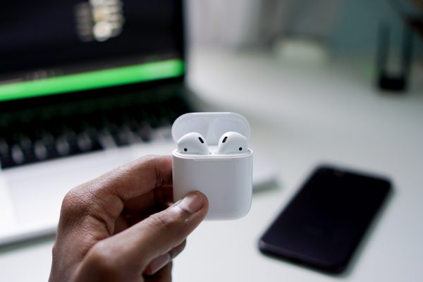AirPods Case, iPhone