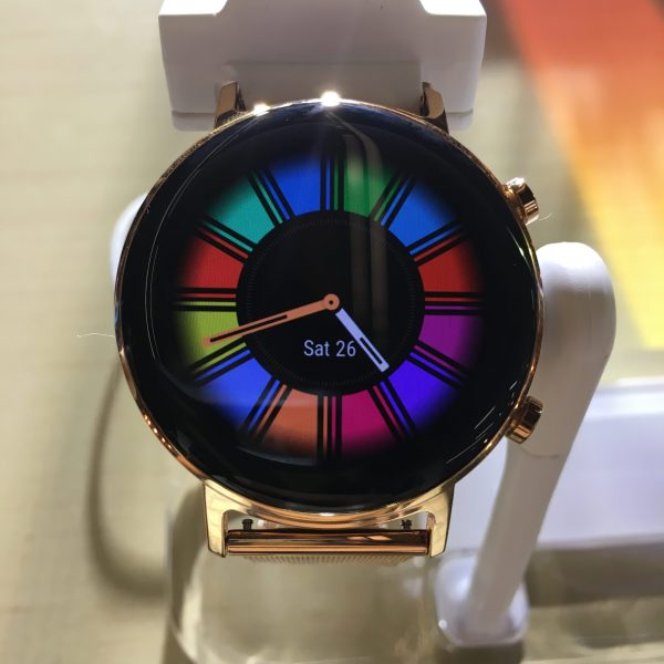 Huawei Watch GT 2's screen is both brilliant and responsive