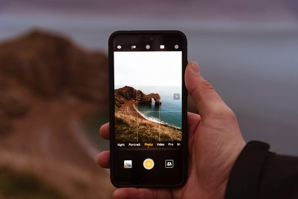 gridlines displayed on a smartphone camera