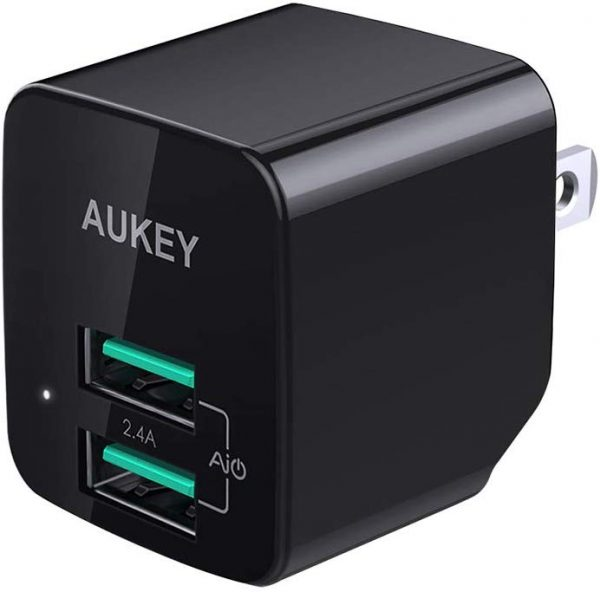 AUKEY USB Fast Charger