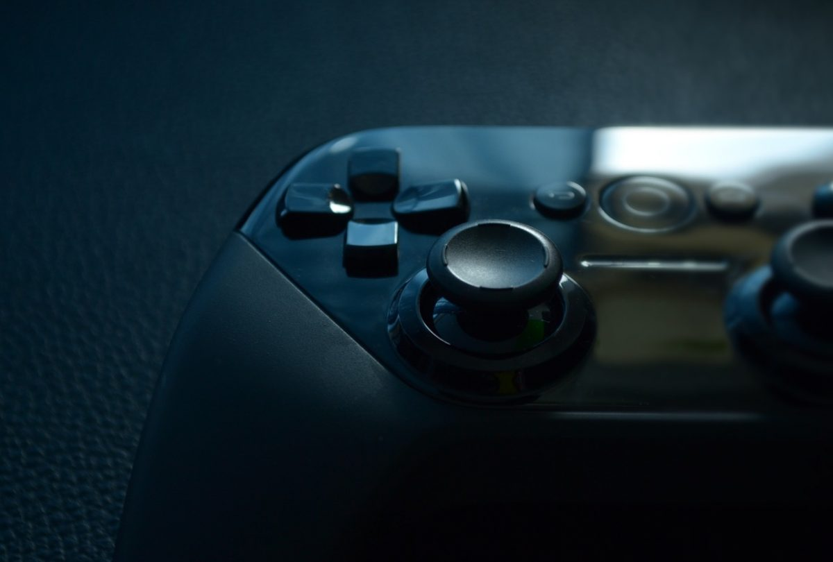 Ultimate Guide: Which Is The Best Android Controller For Your Phone? [Updated]