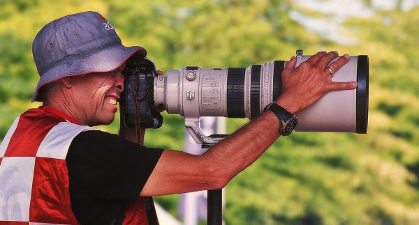 photographer using tele lens