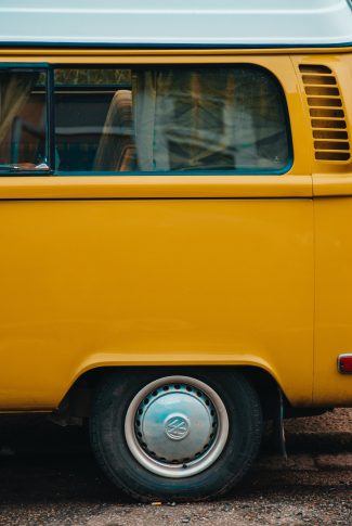 This old school yellow van was never getting old for those who love the aesthetic of the 80's