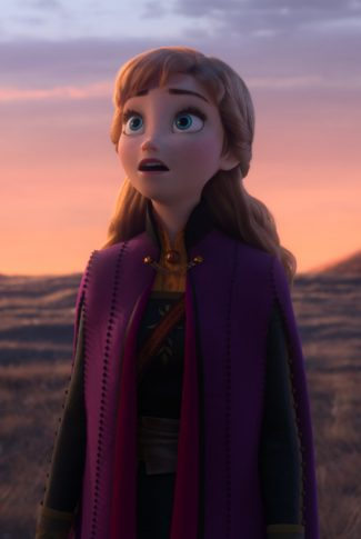 A Frozen 2 wallpaper of Anna and her expression of awe and wonderment.