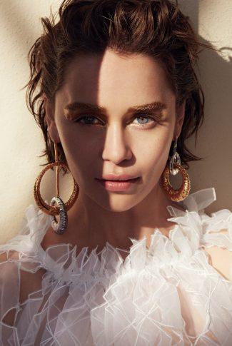 Download Emilia Clarke Stunning In White Wallpaper Cellularnews