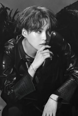 32 bts suga with wings