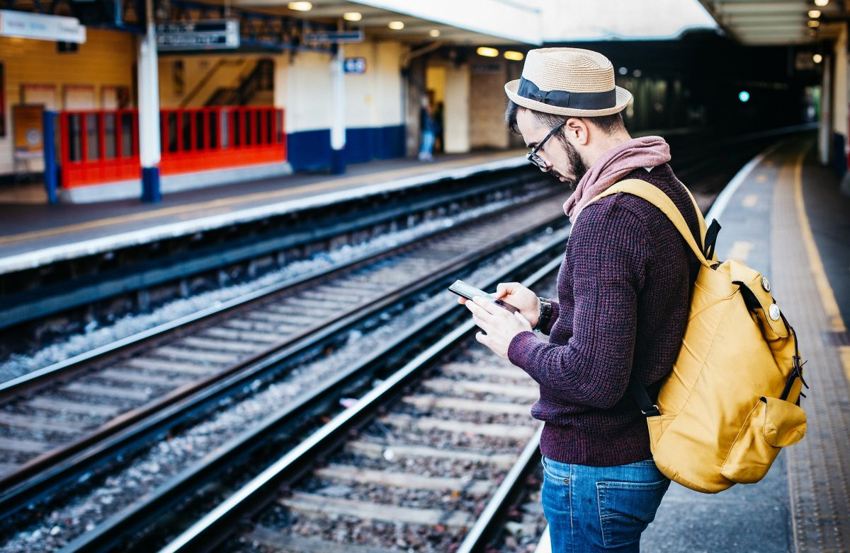 20 Must-Have Travel Apps You Can't Survive Without [Android & iOS]